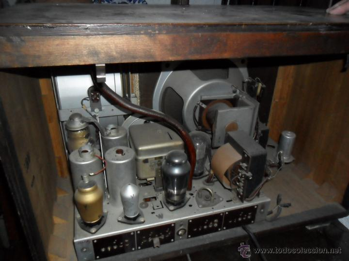 Radios de válvulas: APARATO DE RADIO EN MADERA DE NOGAL - AÑOS 40 DE LA CASA SIEMENS - Foto 4 - 43425323
