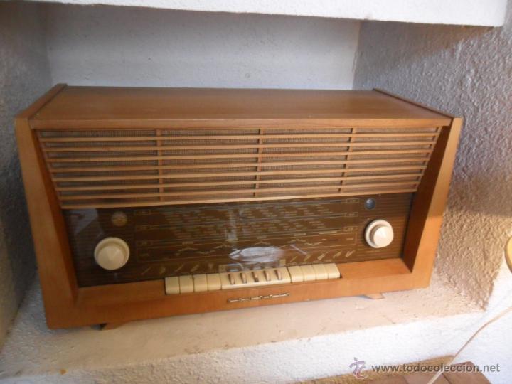 RADIO DE VÁLVULAS GRUNDIG ANTIGUA (Radios, Gramófonos, Grabadoras y Otros - Radios de Válvulas)