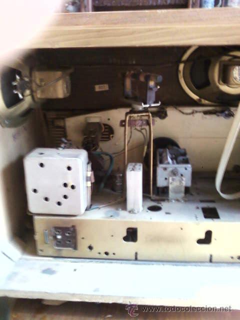 Radios de válvulas: RADIO DE VÁLVULAS GRUNDIG ANTIGUA - Foto 9 - 43535045