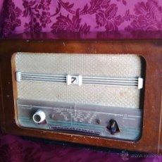 Radios de válvulas: RADIO ANTIGUA CASTILLA MOD. H 225 A. PARA RESTAURAR O DECORAR.. Lote 44227362