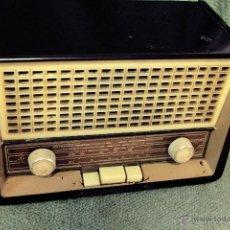 Radios de válvulas: RADIO VALVULAS ANTIGUA PHILIPS. Lote 45075123