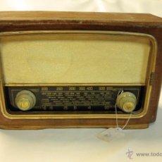 Radios de válvulas: RADIO DE VALVULAS KLARMAX KL-34-C, FUNCIONANDO.. Lote 45286565
