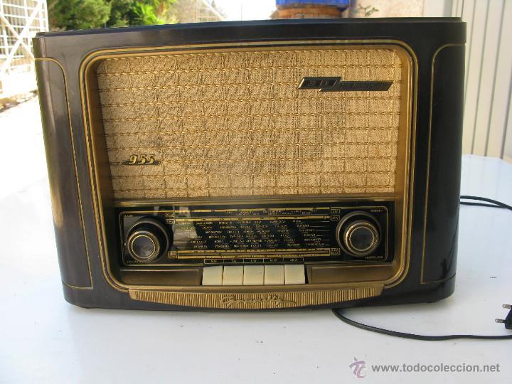 RADIO MARCA GRUNDIG MODEL 955 3D KLANG MADE IN W GERMANY FUNCIONA PERFECTAMENTE (Radios, Gramófonos, Grabadoras y Otros - Radios de Válvulas)