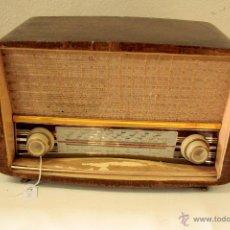 Radios de válvulas: RADIO DE VÁLVULAS MODELO A-59. Lote 45892126