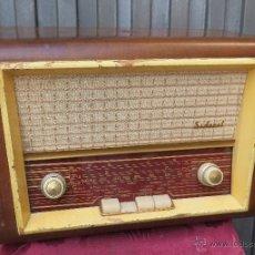 Radios de válvulas: ANTIGUA RADIO SIDERAL. RADIO ARAGON SL. FUNCIONANDO. RARAS DE VER. Lote 45924485