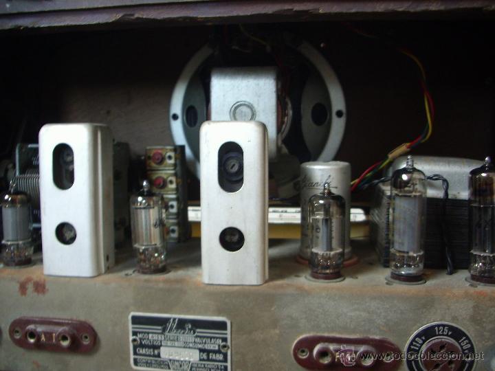 Radios de válvulas: radio IBERIA a valvulas y funciona en todas las bandas. - Foto 7 - 45978283