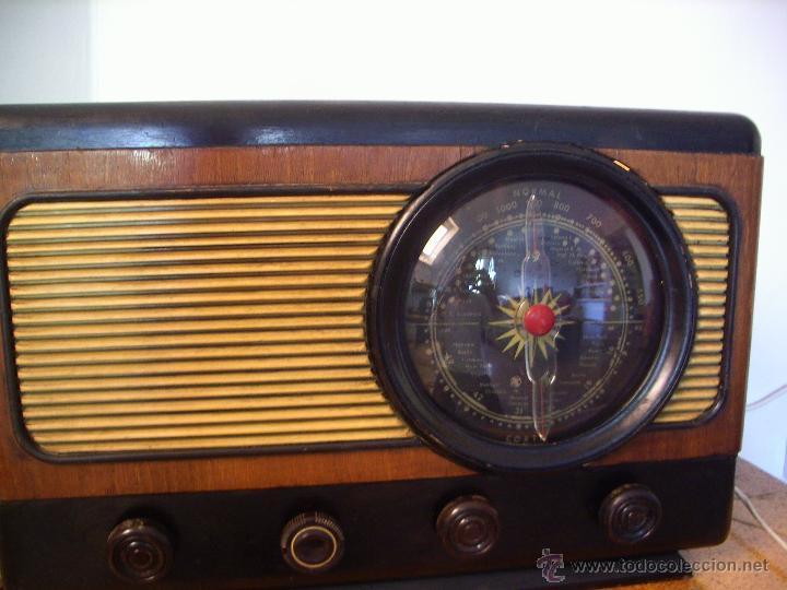 RADIO ANTIGUA ESPAÑOLA FUNCIONA (Radios, Gramófonos, Grabadoras y Otros - Radios de Válvulas)