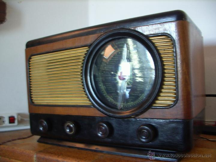 Radios de válvulas: RADIO ANTIGUA ESPAÑOLA FUNCIONA - Foto 2 - 45978304