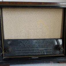 Radios de válvulas: RADIO TELEFUNKEN - 14. Lote 42973369