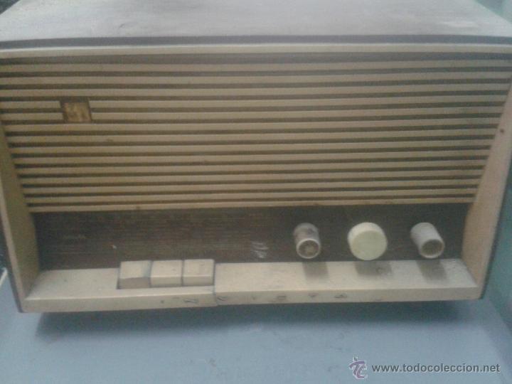 RADIO INVICTA MODELO 5368 (Radios, Gramófonos, Grabadoras y Otros - Radios de Válvulas)