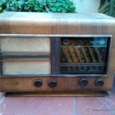 Radios de válvulas: RADIO ANTIGUA VALVULAS DE MADERA OJO MAGICO. A 125 V.. Lote 47013878