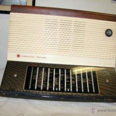 Radios de válvulas: GRAN RADIO CAMBRIDGE ENGLAND, A VÁLVULAS, FUNCIONANDO CORRECTAMENTE, EN BUEN ESTADO. Lote 47557394