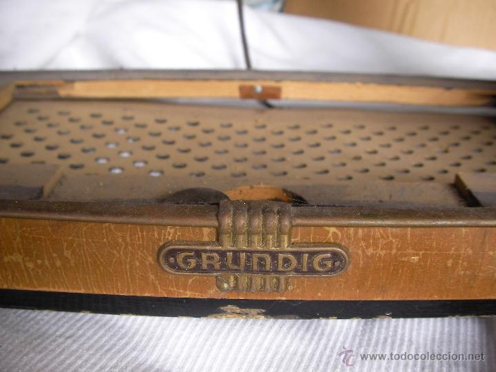 Radios de válvulas: ANTIGUA CAJA DE MADERA PARA RADIO ANTIGUA DE VALVULAS - Foto 2 - 47788110