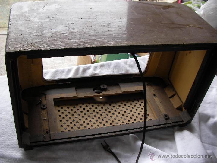 Radios de válvulas: ANTIGUA CAJA DE MADERA PARA RADIO ANTIGUA DE VALVULAS - Foto 4 - 47788110