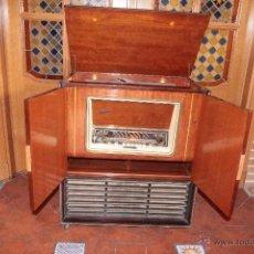 Radios de válvulas: MUEBLE RADIO-TOCADISCOS BEETHOVEN 58.FM. Lote 47866703