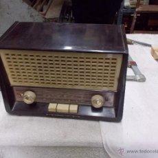 Radios de válvulas: RADIO PHILIPS FUNCIONANDO. Lote 48906676