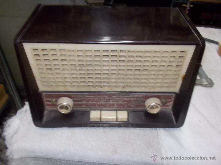 Radios de válvulas: Radio Philips funcionando - Foto 2 - 48906676