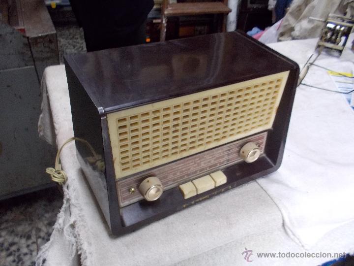Radios de válvulas: Radio Philips funcionando - Foto 3 - 48906676