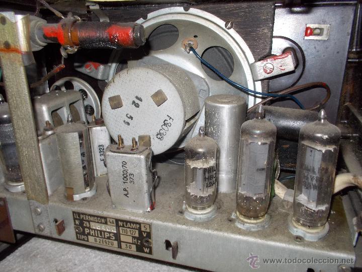 Radios de válvulas: Radio Philips funcionando - Foto 7 - 48906676