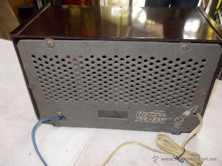 Radios de válvulas: Radio Philips funcionando - Foto 11 - 48906676