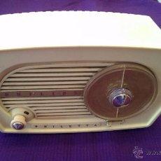 Radios de válvulas: PHILIPS PHILETTA B1F03A, AÑO 1957, EXCELENTE ESTADO Y FUNCIONANDO. Lote 55198251