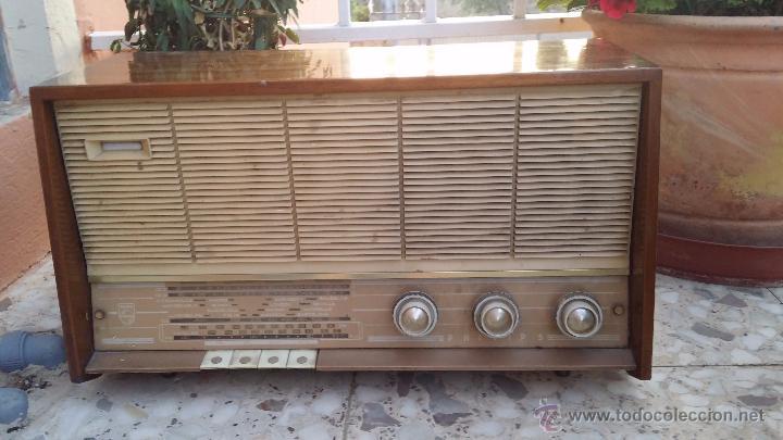 ANTIGUA RADIO PHILIPS, FUNCIONA (Radios, Gramófonos, Grabadoras y Otros - Radios de Válvulas)