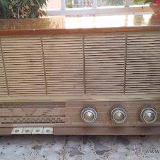 Radios de válvulas: ANTIGUA RADIO PHILIPS, FUNCIONA. Lote 49292082