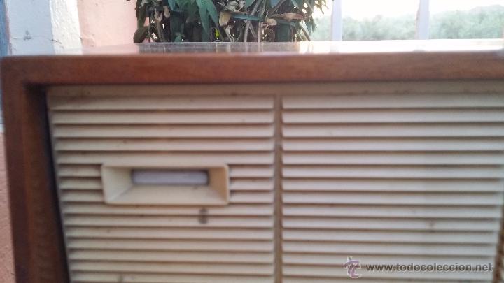 Radios de válvulas: antigua radio philips, funciona - Foto 4 - 49292082