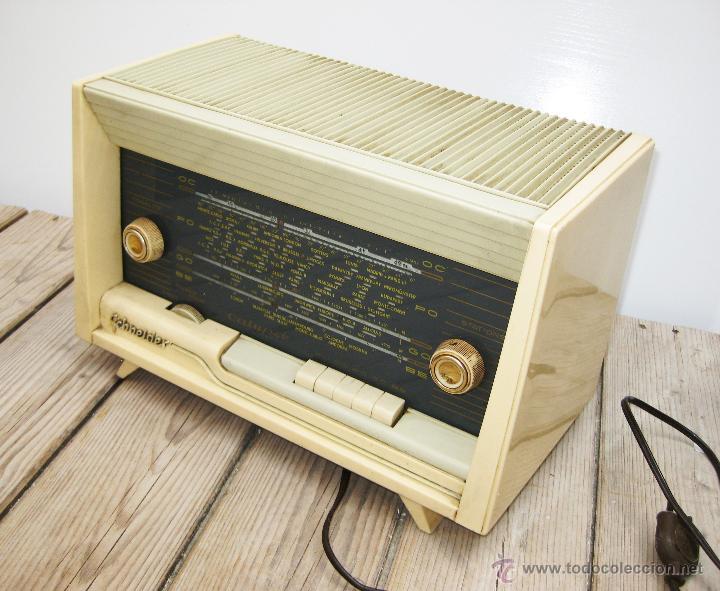 PRECIOSA RADIO ANTIGUA SCHNEIDER CALYPSO BAKELITA A VALVULAS DECORACION VINTAGE O POP (Radios, Gramófonos, Grabadoras y Otros - Radios de Válvulas)