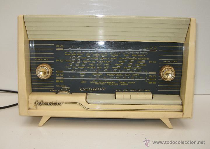 Radios de válvulas: PRECIOSA RADIO ANTIGUA SCHNEIDER CALYPSO BAKELITA A VALVULAS DECORACION VINTAGE O POP - Foto 5 - 50161904