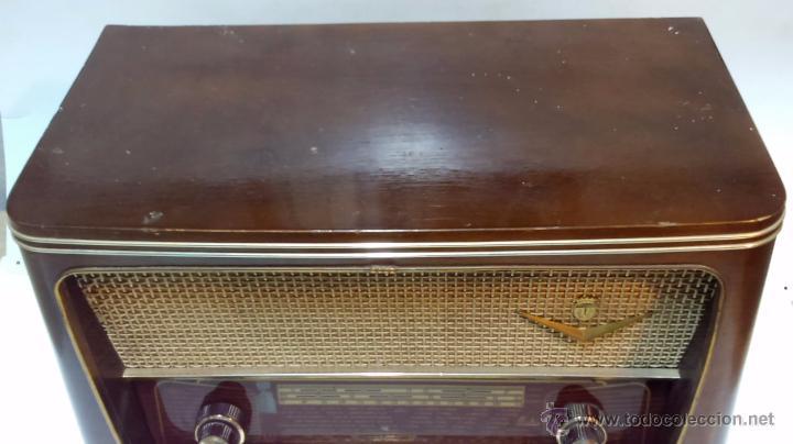 Radios de válvulas: RADIO IBERIA. MOD. T-2135. A VALVULAS. EN FUNCIONAMIENTO. AÑO 1960. - Foto 9 - 50282144