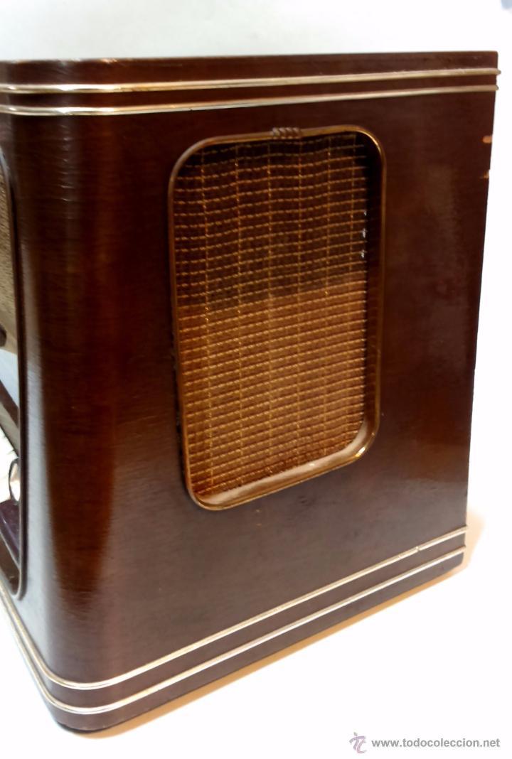 Radios de válvulas: RADIO IBERIA. MOD. T-2135. A VALVULAS. EN FUNCIONAMIENTO. AÑO 1960. - Foto 10 - 50282144