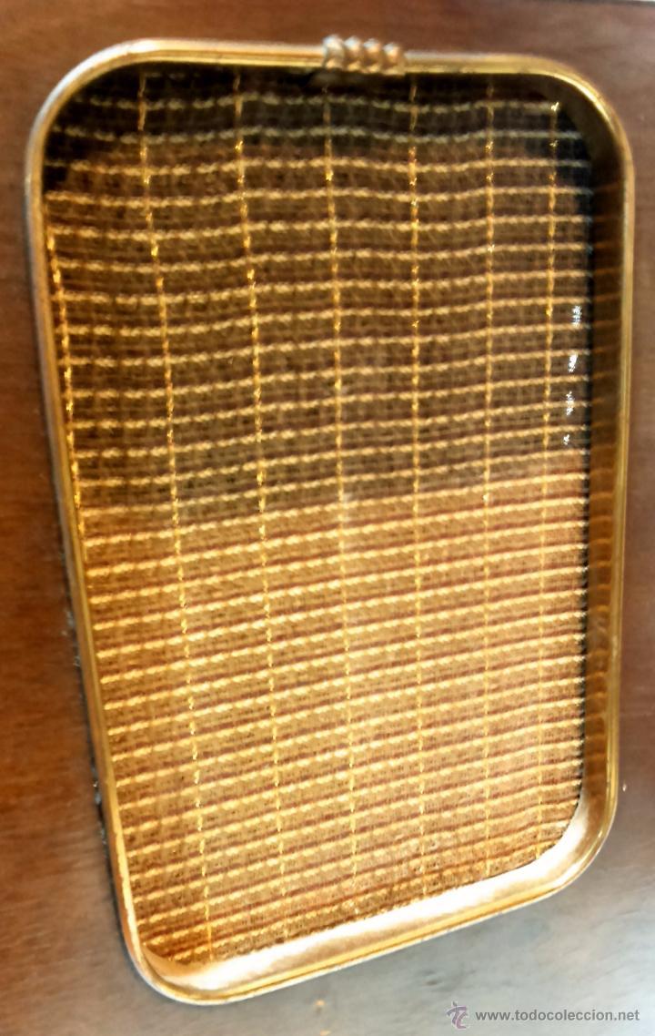 Radios de válvulas: RADIO IBERIA. MOD. T-2135. A VALVULAS. EN FUNCIONAMIENTO. AÑO 1960. - Foto 11 - 50282144