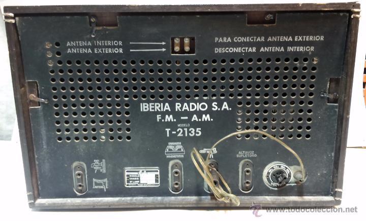 Radios de válvulas: RADIO IBERIA. MOD. T-2135. A VALVULAS. EN FUNCIONAMIENTO. AÑO 1960. - Foto 13 - 50282144