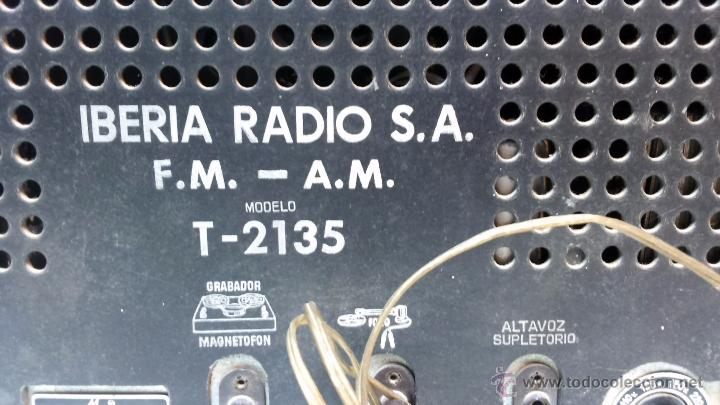 Radios de válvulas: RADIO IBERIA. MOD. T-2135. A VALVULAS. EN FUNCIONAMIENTO. AÑO 1960. - Foto 14 - 50282144