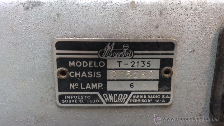 Radios de válvulas: RADIO IBERIA. MOD. T-2135. A VALVULAS. EN FUNCIONAMIENTO. AÑO 1960. - Foto 16 - 50282144