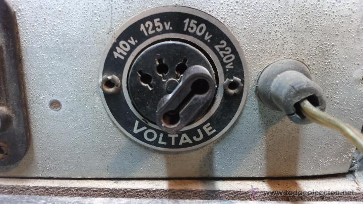Radios de válvulas: RADIO IBERIA. MOD. T-2135. A VALVULAS. EN FUNCIONAMIENTO. AÑO 1960. - Foto 19 - 50282144