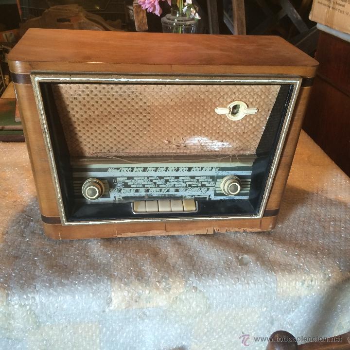 ANTIGUA RADIO SUPER ELECTRONIC RADIO RENÉ DE LOS AÑOS 40 (Radios, Gramófonos, Grabadoras y Otros - Radios de Válvulas)