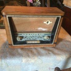 Radios de válvulas: ANTIGUA RADIO SUPER ELECTRONIC RADIO RENÉ DE LOS AÑOS 40 . Lote 50373302