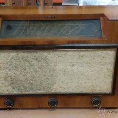 Radios de válvulas: RADIO TELEFUNKEN 125V FUNCIONANDO. Lote 51659204