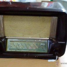 Radios de válvulas: RADIO BAQUELITA 125V FUNCIONANDO. Lote 51659459