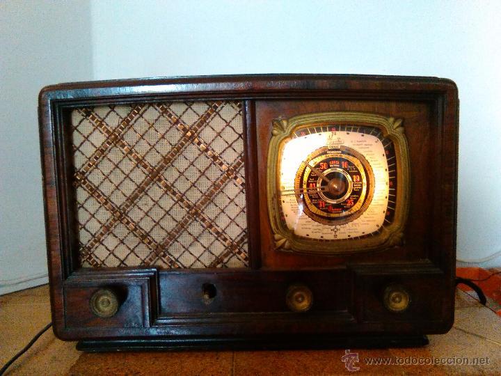 RADIO IBERIA A VALVULAS FUNCIONA MOD 3550 (Radios, Gramófonos, Grabadoras y Otros - Radios de Válvulas)