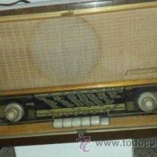 Radios de válvulas: RADIO INVICTA MODELO 7474. Lote 52005016