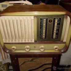 Radios de válvulas: RADIO ESPAÑOLA SIN MARCA. Lote 52555706