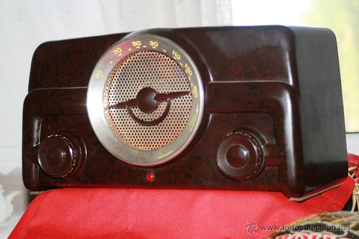 RADIO DE BAQUELITA DE VALVULAS POSIBLEMENTE MARCA GÜELRAD AMERICANA (CHILE) FUNCIONANDO VER VIDEO (Radios, Gramófonos, Grabadoras y Otros - Radios de Válvulas)
