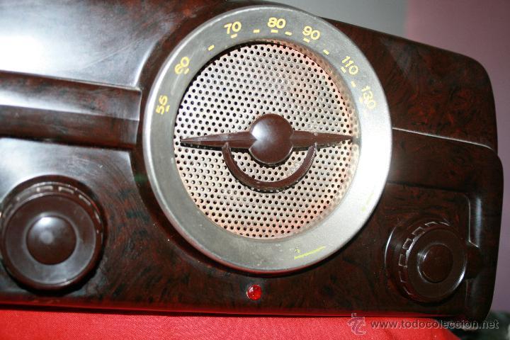 Radios de válvulas: RADIO DE BAQUELITA DE VALVULAS POSIBLEMENTE MARCA GÜELRAD AMERICANA (CHILE) FUNCIONANDO VER VIDEO - Foto 3 - 52647837