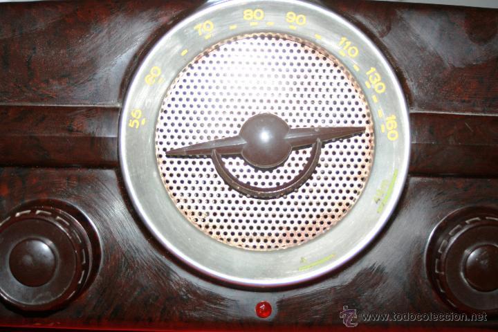 Radios de válvulas: RADIO DE BAQUELITA DE VALVULAS POSIBLEMENTE MARCA GÜELRAD AMERICANA (CHILE) FUNCIONANDO VER VIDEO - Foto 4 - 52647837