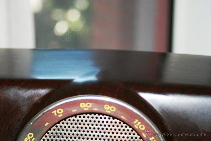 Radios de válvulas: RADIO DE BAQUELITA DE VALVULAS POSIBLEMENTE MARCA GÜELRAD AMERICANA (CHILE) FUNCIONANDO VER VIDEO - Foto 6 - 52647837