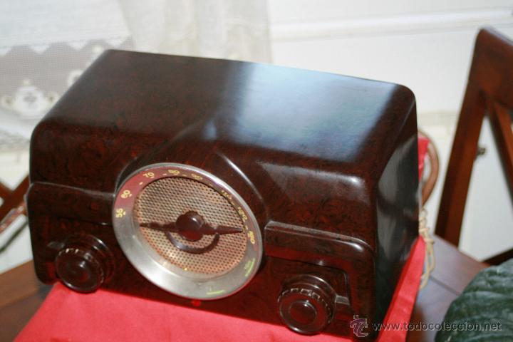 Radios de válvulas: RADIO DE BAQUELITA DE VALVULAS POSIBLEMENTE MARCA GÜELRAD AMERICANA (CHILE) FUNCIONANDO VER VIDEO - Foto 11 - 52647837