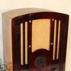 Radios de válvulas: RADIO CAPILLA AÑOS 30 RCA MODEL 103. Lote 70281839